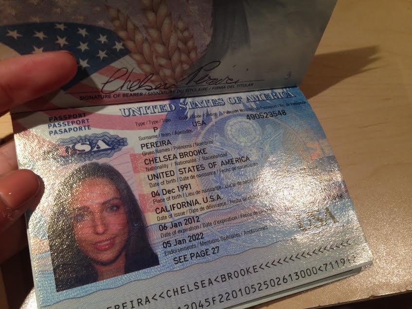 паспорт Челси Перейры из переписки с Кенесом Ракишевым