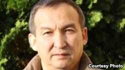 Магбат Спанов, доктор экономических наук.